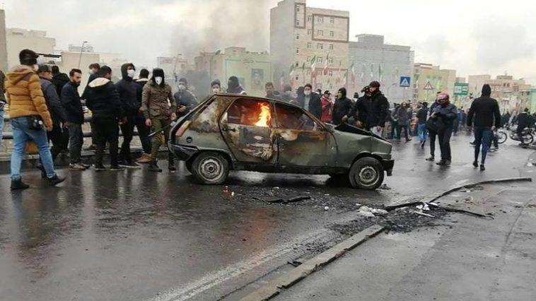 Iran révolte hausse prix de l'essence